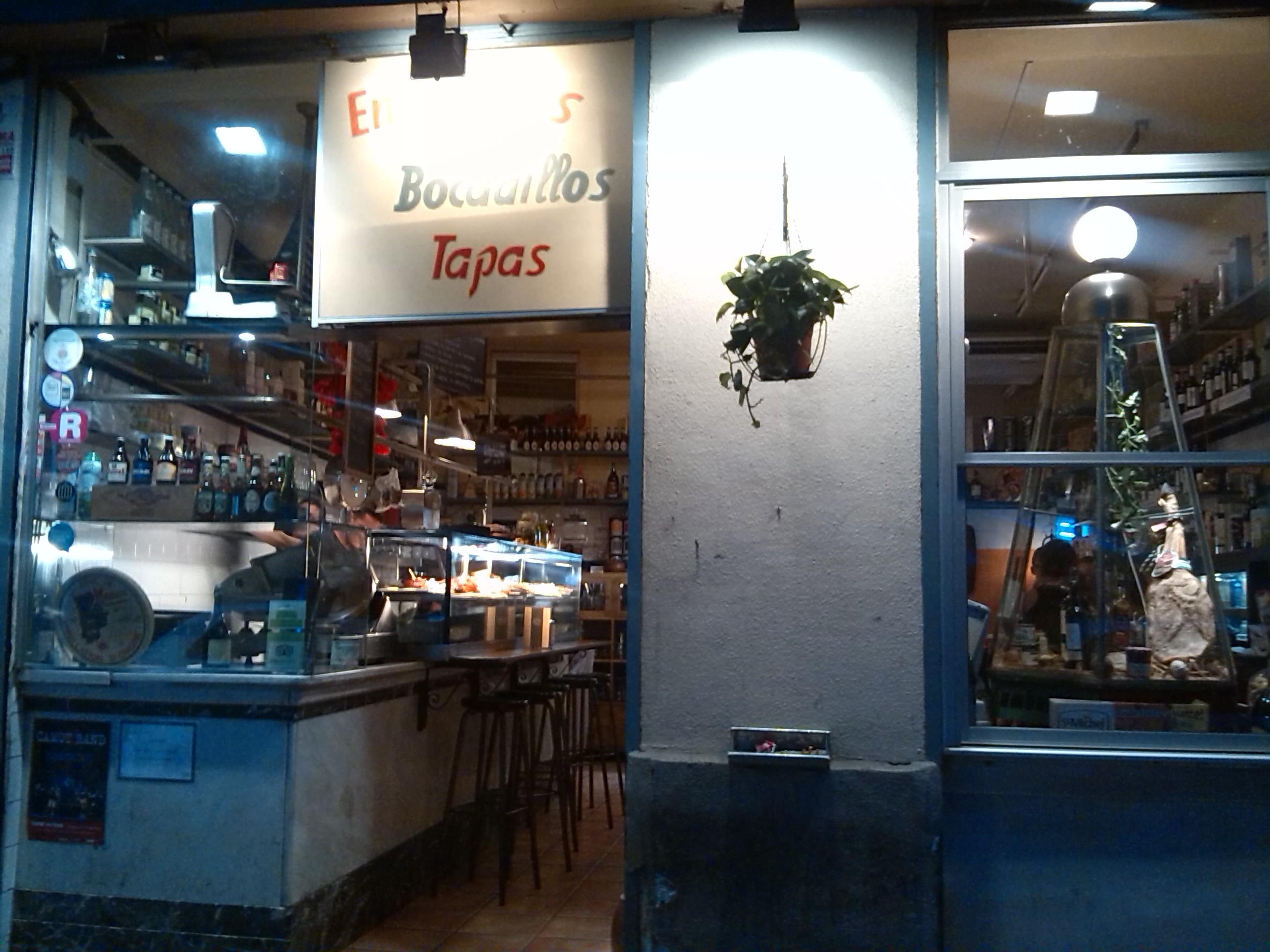 Bocadillos y tapas en Barcelona: La Perla de Oro