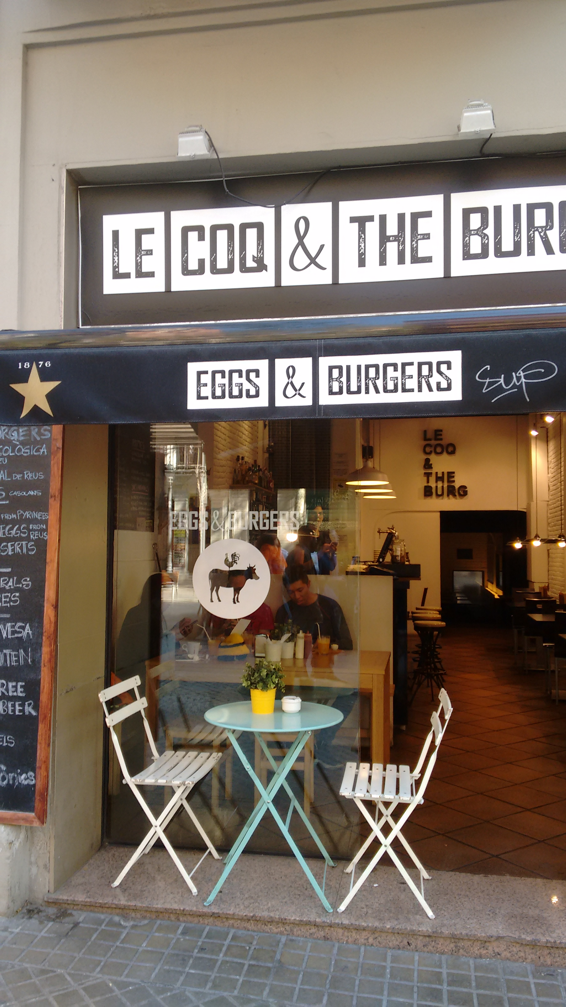 Le coq & the burg