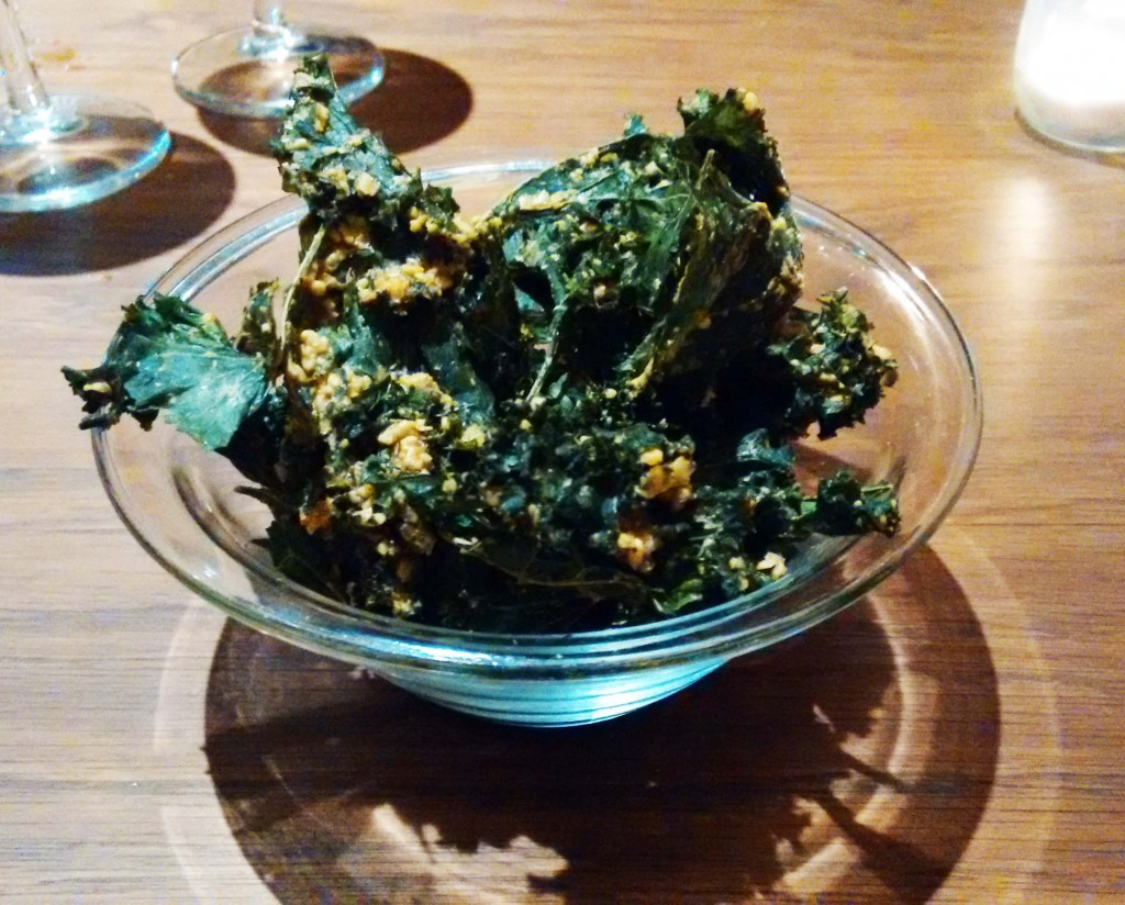 El plato estrella del flax and kale son las chips de kale